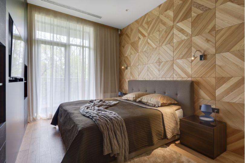 деревянный декор в спальне